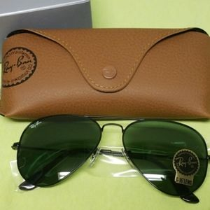 Ray-Ban Aviator Sunglasses Black 58mm